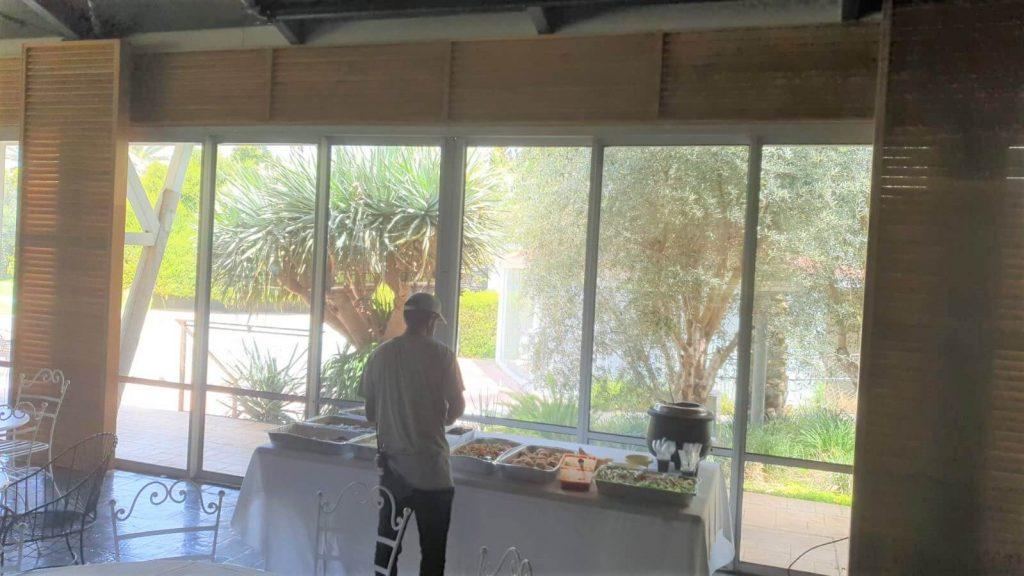 חלונות אלומיניום בחוות רונית לפני חלונות אלומיניום בחוות רונית לפני צביעהצביעה