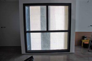 צביעת חלון אלומיניום